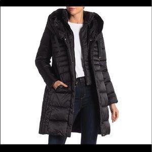 T Tahari Puffer coat Medium
